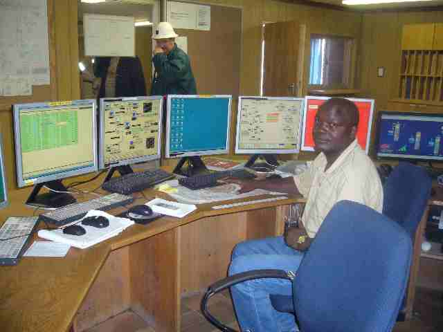 Control center at the mine.jpg (1)
